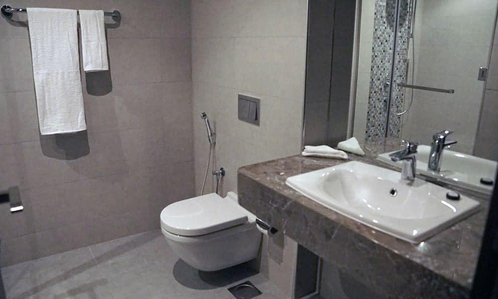 Modern Bathrooms (All Room Type)